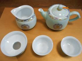 中国の茶器の例。