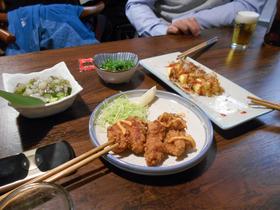 中規模都市の大衆的店舗の「日本料理」。