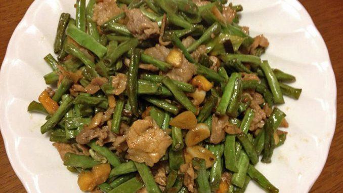 ささげと豚肉の炒め物