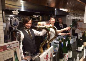 コアな洋酒イベントではいつも顔を合わせているような気が……気鋭のバーテンダー鹿山さんと石川さん。