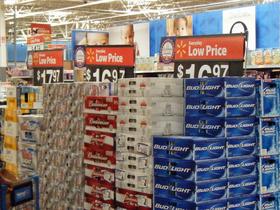 Everyday Low Priceを掲げるPOP(米国・ウォルマート)。