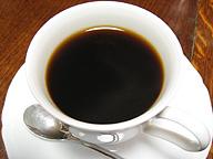 コーヒー豆暴騰の中、いかに価格を維持するか