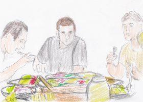 今年のベストワン「二ツ星の料理人」。賄いのテーブルを囲むアダム(中央)をはじめとする料理人たち。
