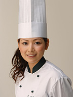 柿沢安耶さん