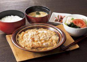 「かつ煮膳」(1240円)