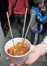 青島の屋台の臭豆腐