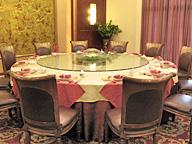 椅子の数によって着席できるお客の数は決まる